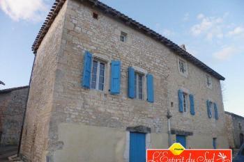 Spacieuse maison de village avec terrasse