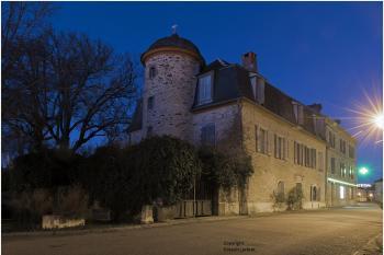 Belle maison de maître entièrement restaurée...