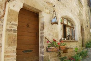 Pittoresque maison sur les remparts de Cordes