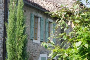 Petite maison familiale au pied de Cordes