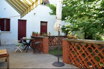 Maison centre ville, au calme, jardin, garage