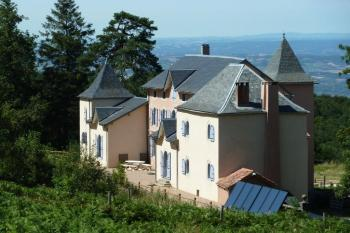 A delightfully placed newly renovated Maison Bourgeoise set in la Montagne Noire with10 Hectares