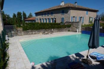 Élégante propriété, chapelle convertie et piscine