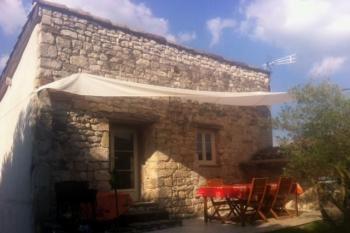 Maison de caractère avec jardin, terrasses, calme