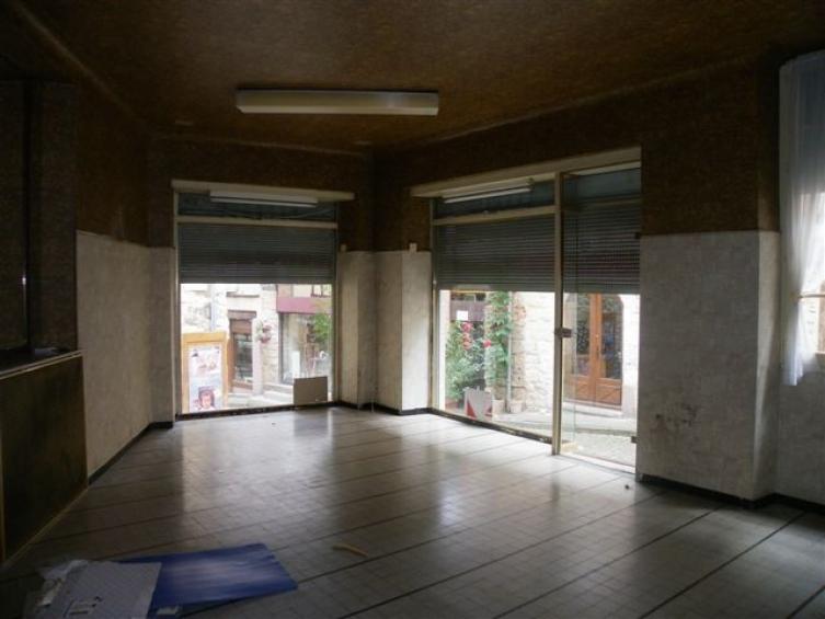 A cordes une maison et un local commercial l 39 esprit du sud agence immobili re - Transformer un local commercial en habitation ...
