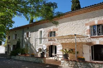 Charming wine grower renovated 13 minutes from Albi