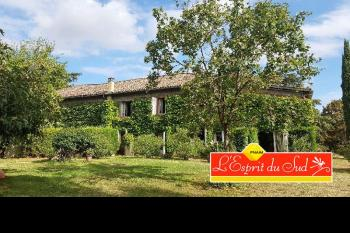 Beautiful country house with 20 hectares