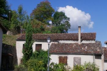 Maison avec belle vue et jardin