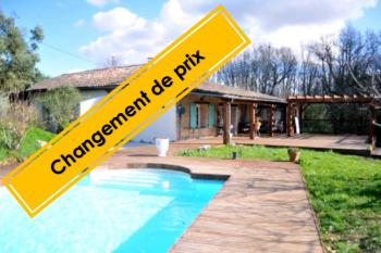 Ferme rénovée, immense terrasse, piscine et gîte