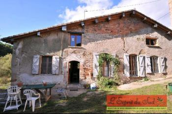 Small hamlet for sale close to Gaillac
