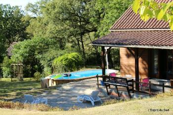 Family house with pool and 3 hectares of land