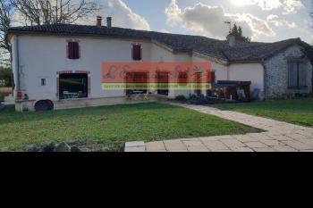 A 10 min de Gaillac, maison rénovée de 330m2