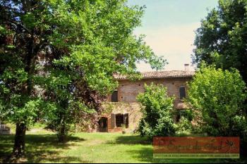 Grande maison de campagne sur 2.7ha, lac