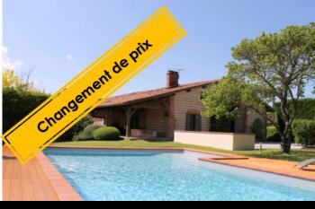 Verfeil, large renovated farmhouse, swimming pool, large garage